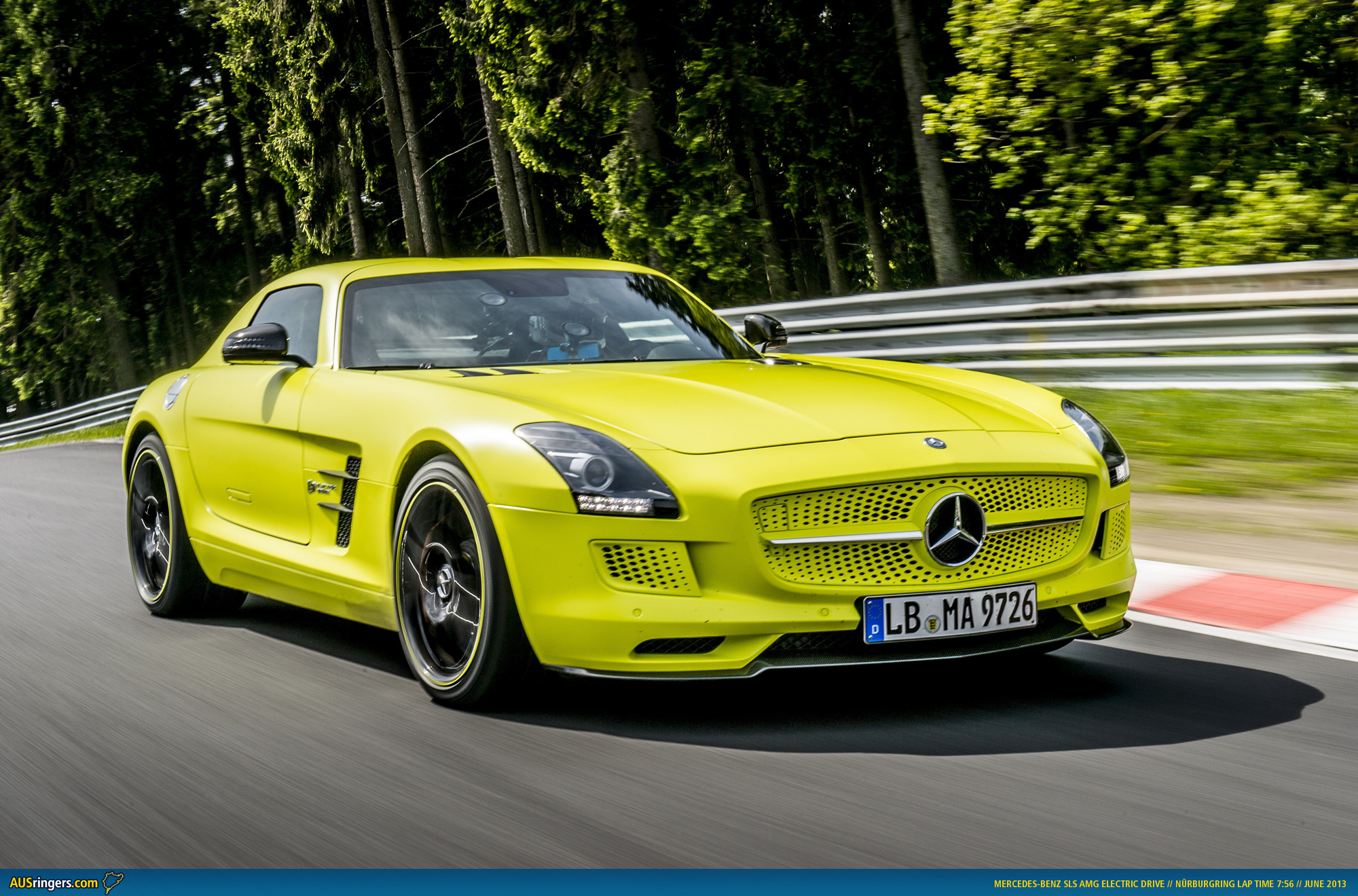 Mercedes sls electric drive breaks 8 for Barrier mercedes benz