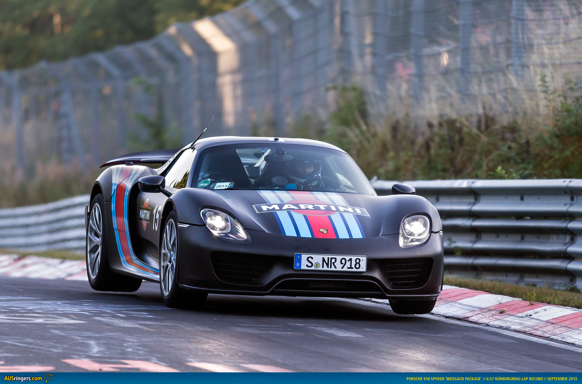 porsche 918 spyder claims n rburgring lap record. Black Bedroom Furniture Sets. Home Design Ideas